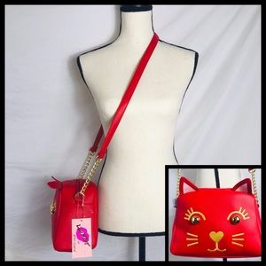⭐️ Betsey Johnson Red Cat Crossbody Purse